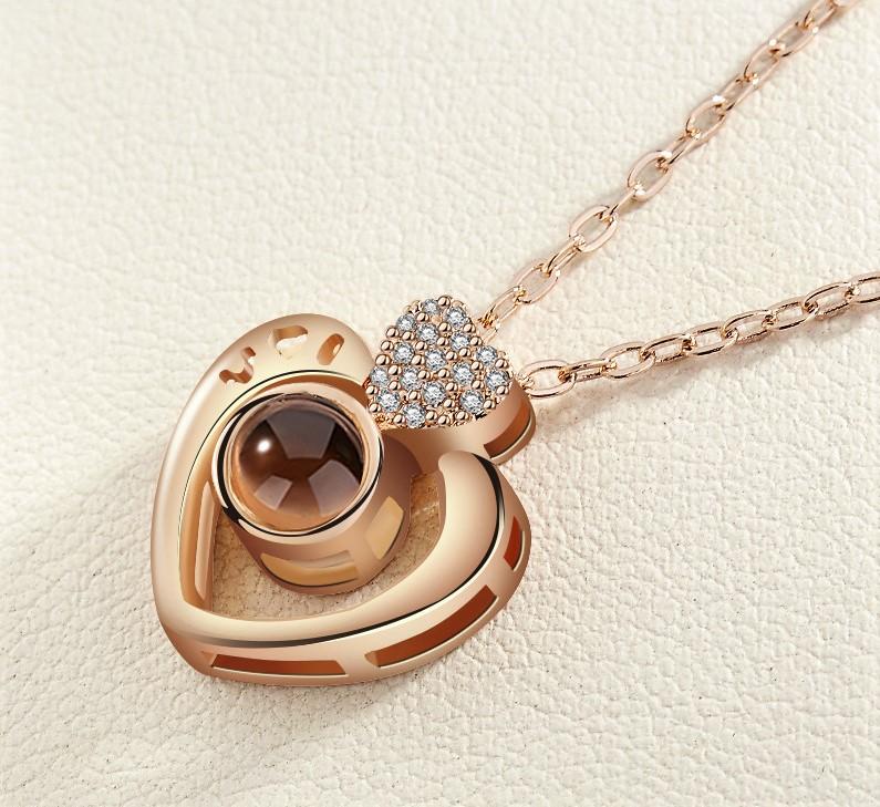 Uniknya Kado Kalung Emas Yang Di Sediakan Untuk Seorang Yang Di Sayang